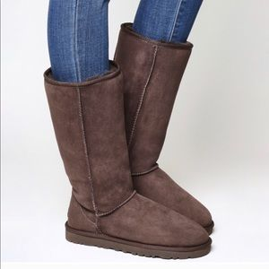 Chocolate brown tall UGG BOOTS size 6